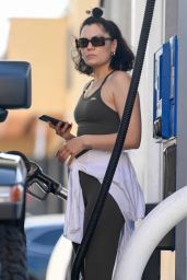 Jessie J - Pumping Gas in Los Angeles 07/19/2021