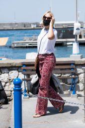 Karolina Kurkova - Arriving in Capri 07/30/2021