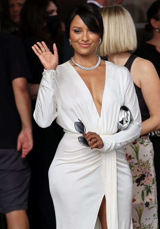 Kat Graham - Hotel Martinez in Cannes 07/12/2021