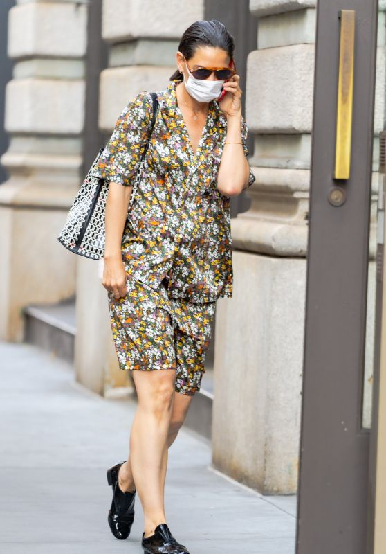 Katie Holmes - Out in New York 07/05/2021