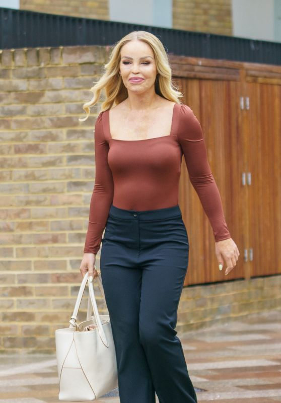 Katie Piper - Out in London 07/28/2021