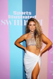 Katrina Scott – Sports Illustrated Swimsuit 2021 Issue Concert in Miami 07/24/2021