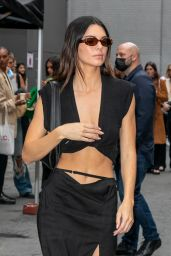 Kendall Jenner - Leaving the Jacquemus Show in Paris 06/30/2021