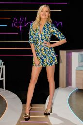 Laura Whitmore – Love Island: Aftersun TV Show, Series 7, Episode 1 in London 07/04/2021
