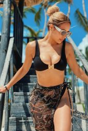 Leli Hernandez - Live Stream Video and Photos 07/26/2021