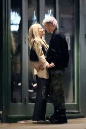 Lottie Moss With a Mystery Man - Notting Hill 07/28/2021