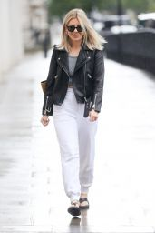 Mollie King in Joggers Sandals and Crop Top - London 07/04/2021