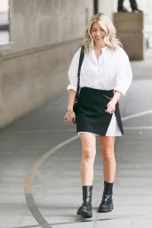 Mollie King in Monochrome With a Chain Belt - London 07/10/2021