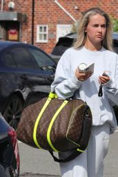 Molly-Mae Hague - Leaves a Wilmslow Hair Salon in Manchester 07/13/2021