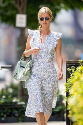 Nicky Hilton im Summer Dress - NoHo in New York City 07/26/2021