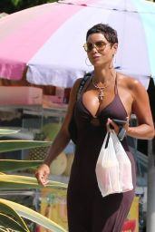 Nicole Murphy - Out in West Hollywood 07/16/2021