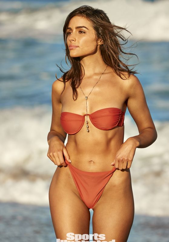 Olivia Culpo - Photoshoot for Sports Illustrated Swimsuit Issue 2021