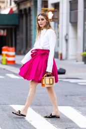 Olivia Palermo Cute Street Style - New York City 06/29/2021
