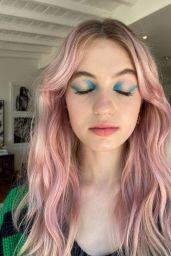 Olivia Scott Welch - The Strand Photoshoot July 2021