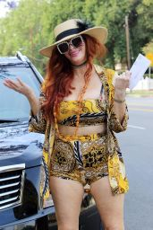 Phoebe Price - Out in Los Angeles 07/06/2021