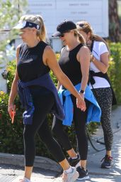 Reese Witherspoon - Out in Brentwood 07/28/2021