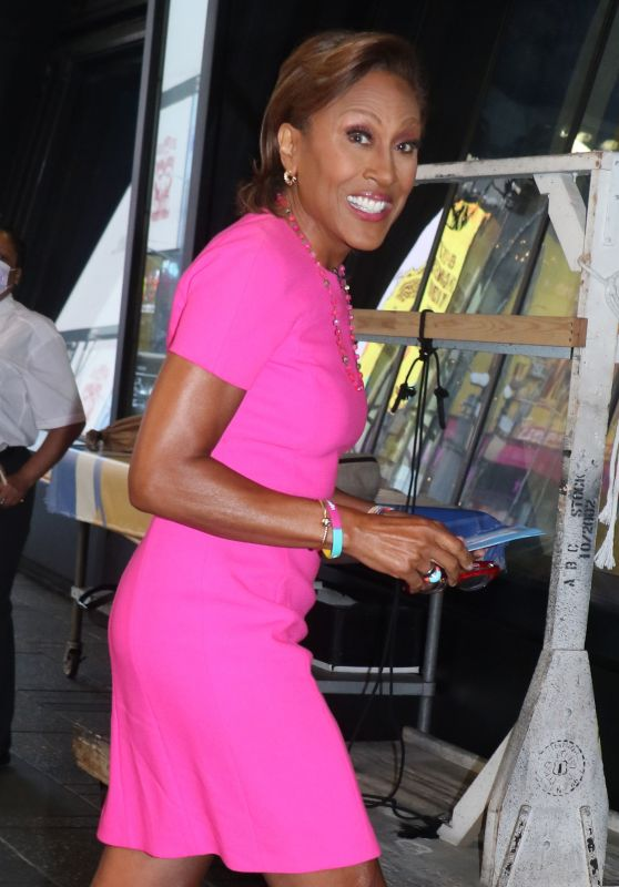 Robin Roberts at GMA TV Show in New York 07/07/2021