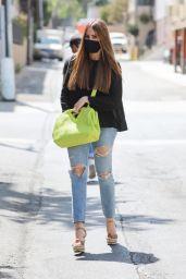 Sofia Vergara - Shopping in LA 07/22/2021