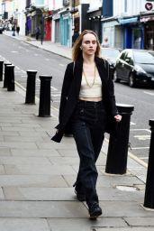 Suki Waterhouse - Out on Portobello Road in London 07/04/2021