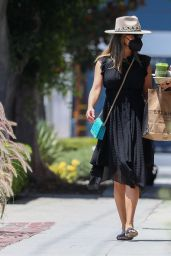 Vanessa Minnillo at Erewhon Market in West Hollywood 07/27/2021