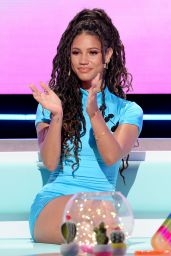 Vick Hope - Love Island: Aftersun TV Show, Series 7, Episode 1 in London 07/04/2021