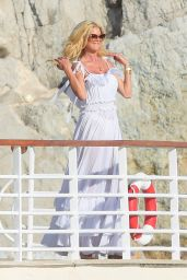 Victoria Silvstedt at the Eden Roc Hotel in Cannes 07/09/2021