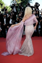 """Victoria Silvstedt – """"Tre Piani (Three Floors)"""" Screening at the 74th Cannes Film Festival"""
