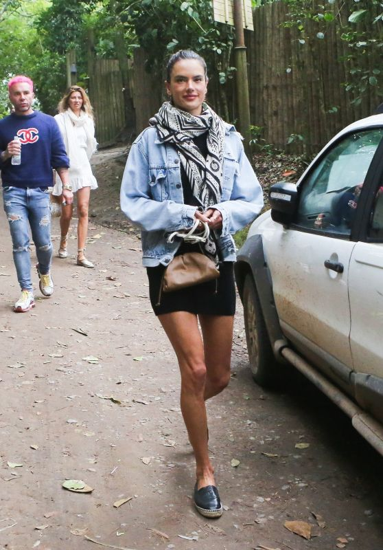 Alessandra Ambrosio - Out for a Stroll in Trancoso 08/02/2021