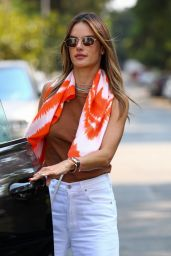 Alessandra Ambrosio Street Style - Beverly Hills 08/24/2021