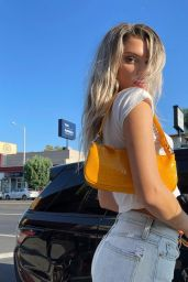 Alissa Violet - Live Stream Video and Photos 08/29/2021