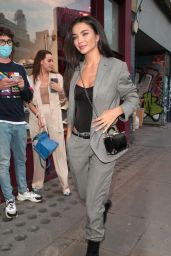 """Amy Jackson - """"Van Gogh: The Immersive Experience"""" Private View in London"""
