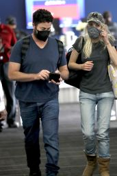 Anna Faris at LAX in Los Angeles 08/22/2021