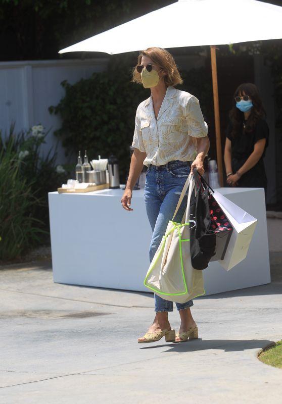 Cobie Smulders – Leaves Jennifer Klien's Day of Indulgence in Brentwood 08/15/2021