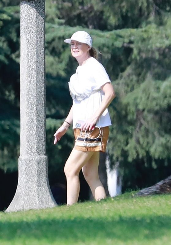 Ellen Pompeo and Husband Chris Ivery at Griffith Park in LA 08/16/2021
