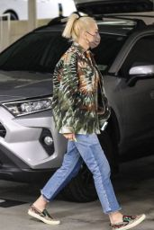 Gwen Stefani - Out in Beverly Hills 08/10/2021
