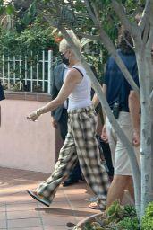 Gwen Stefani - Out in San Diego 08/24/2021
