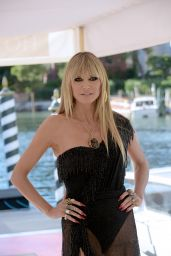 Heidi Klum at Hotel Excelsior in Venice 08/29/2021