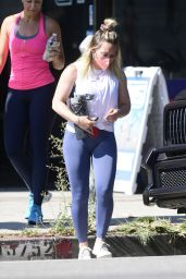 Hilary Duff in Gym Ready Outfit - Los Angeles 08/06/2021