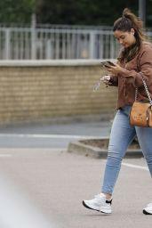Jacqueline Jossa - Shopping in Essex 08/22/2021