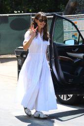 Jennifer Garner - Checking Up on the Progress on Her Future Mansion in Brentwood 08/24/2021