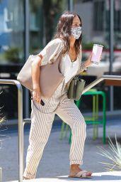 Jessica Alba at Starbucks in Playa Vista 08/09/2021