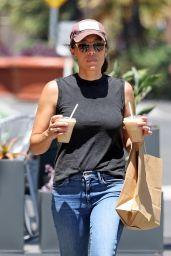 Joanna Gaines - Shopping in Montecito 08/06/2021