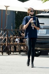 Kaia Gerber at the Coffee Commissary in LA 08/09/2021
