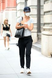 Katie Holmes - Out in New York 08/03/2021
