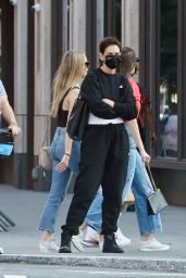 Katie Holmes - Out in New York 08/12/2021