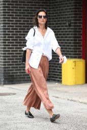 Katie Holmes Street Style - NY 08/03/2021