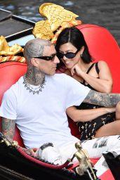 Kourtney Kardashian and Travis Barker in Venice 08/30/2021