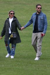 Lisa Armstrong With New Boyfriend - West London 08/08/2021