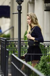 Louisa Warwick - Shopping in New York