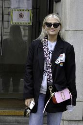 Lucy Fallon - Out in Manchester 08/10/2021
